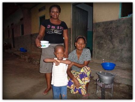 Famultaur im Kongo. Streetfood war gab es immer und überall.